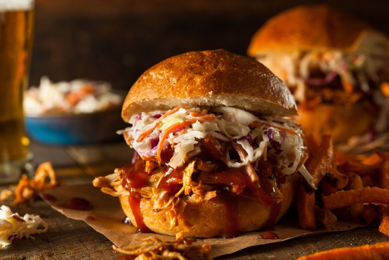 Pulled Chicken sandwich with coleslaw